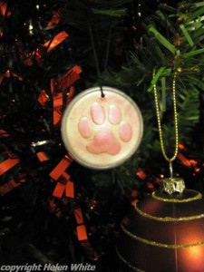 Paw tree decoration made with polymer clay.