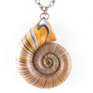 Gold nautilus pendant detail 2