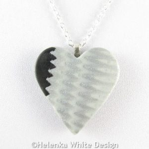 Silver and black heart pendant -detail