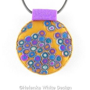 Round Klimt pendant detail