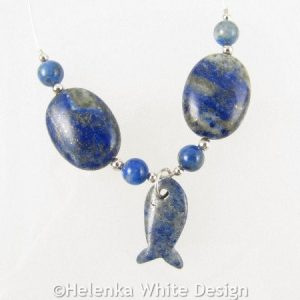 Lapis Lapuzil necklace detail l