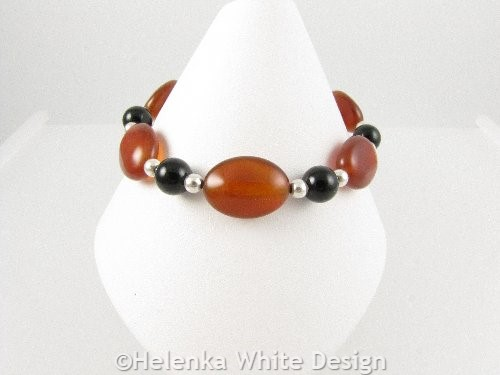 Black and red Agate bracelet on cone