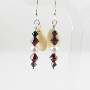 Mother-of-pearl drop Siam earrings 1