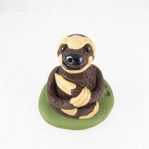 Three-toed sloth sculpture 1