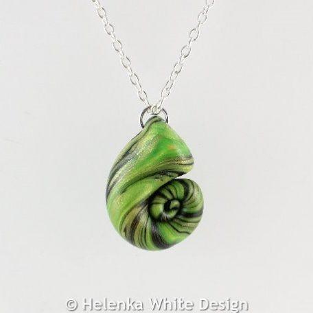 Light green & black nautilus pendant 1 - detail