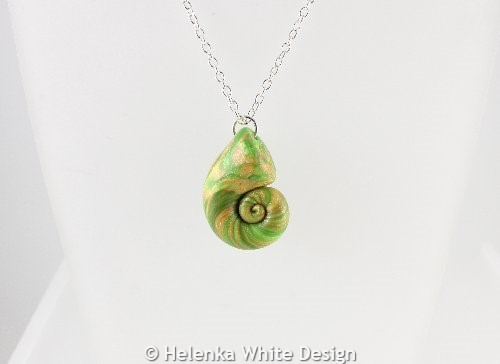 Light green nautilus pendant - detail