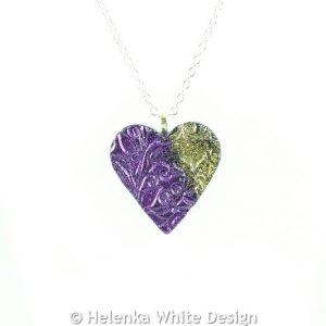Purple and gold heart pendant -detail
